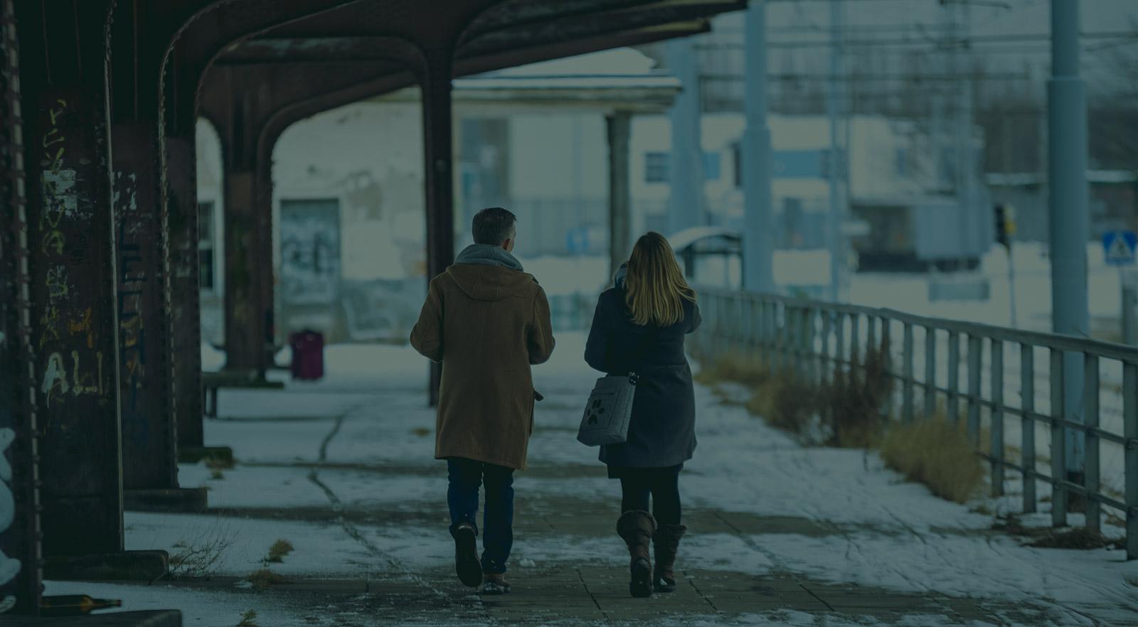 Jak przejść z randki online na prawdziwe życie